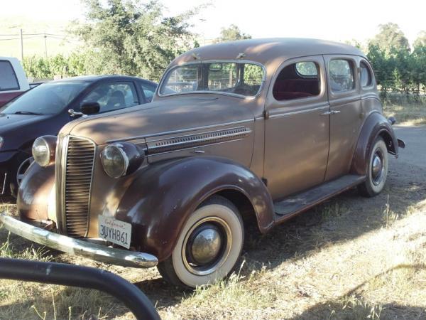 1937 Dodge D5 Front Corner