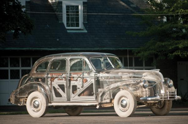 1939 Pontiac Deluxe Six Left Front Corner