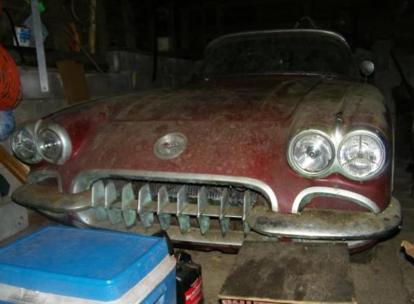 1958 Chevrolet Corvette Front