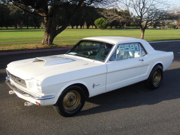 1966 Mustang Drag Racer