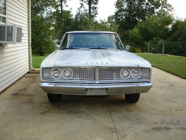 1966 Dodge Coronet 383 Front