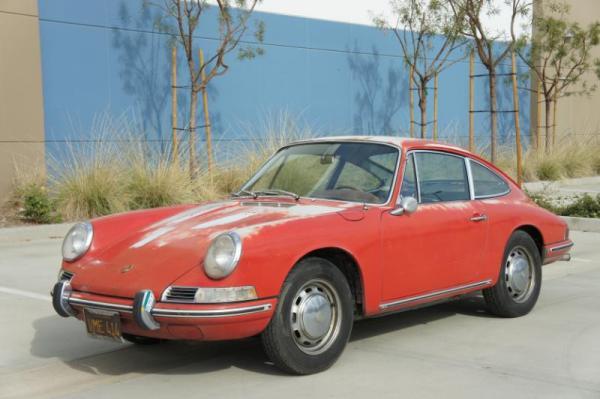1967 Porsche 912 Front Corner