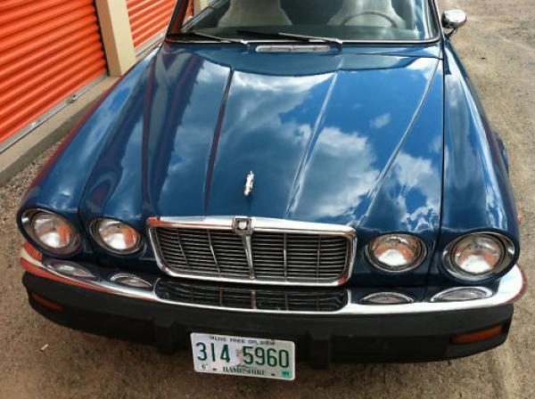 1977 Jaguar Xj6c Front