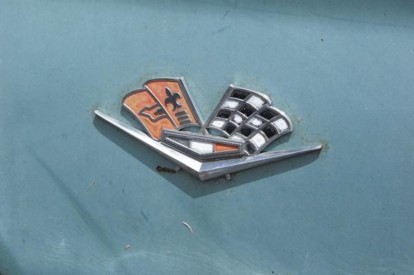 Emblem Chevy