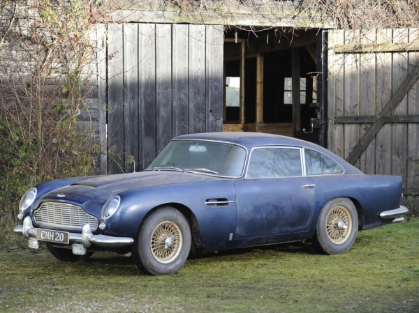 1964-aston-martin-db5-barn-find