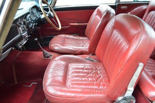 1965-aston-martin-DB5-seats