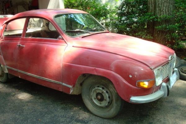 1971-saab-96-driver