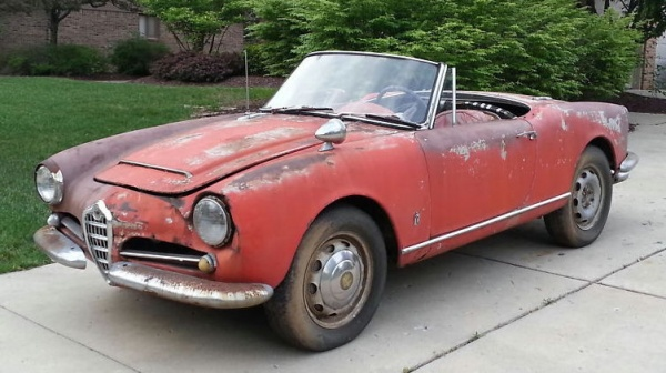 The Piaggio Vespa 400 A Four Wheel Starlet likewise Photos Alfa Romeo 2000 Gt Veloce 105 1971 1976 111242 besides Montreal in addition Want A Cheap Alternative To The Alfa 4c Make It A Gtv as well 2WbLK. on car alfa romeo gtv