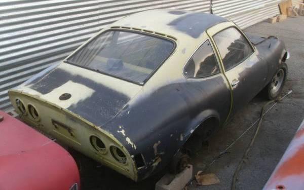 Opel-GT-parts-car