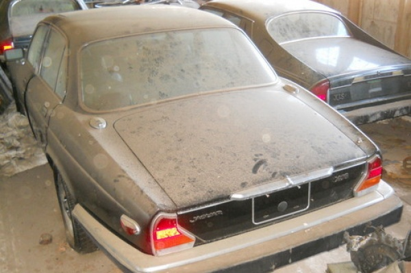 jaguar-xjs-barn-find